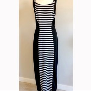 *Janette Plus* Black & White Silhouette Maxi
